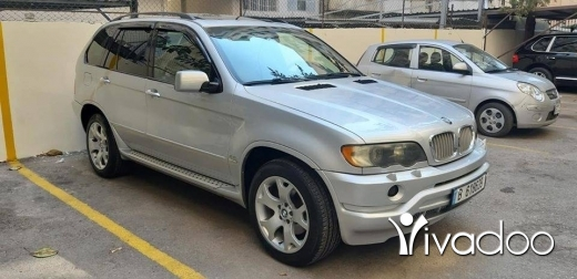 BMW in Tripoli - For sale bmw x5 v8