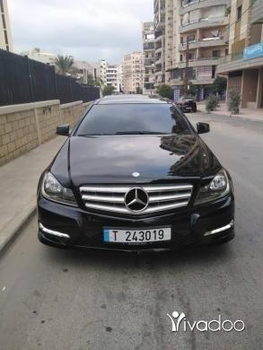 Mercedes-Benz dans Tripoli - Mercedes c