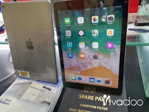 Apple iPhone in Tripoli - Future cell ipad 6 32GB