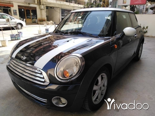 Mini in Beirut City - Mini Cooper 2009