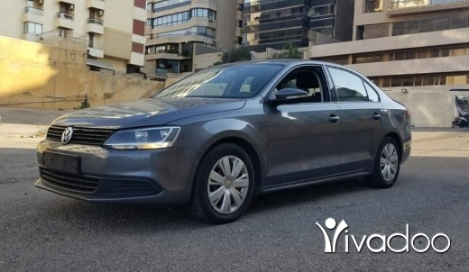 Volkswagen in Beirut City - For sale Golf jetta 2014