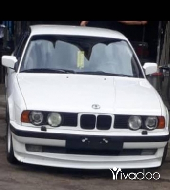 BMW in Tripoli - ‎525i look m5 model 90 jeled ma3 ac talej b 5200.000 مليون ليره‎