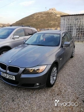 BMW in Tripoli - BMW E 90 ,, 328 ,, 2011 ,, (70065905)