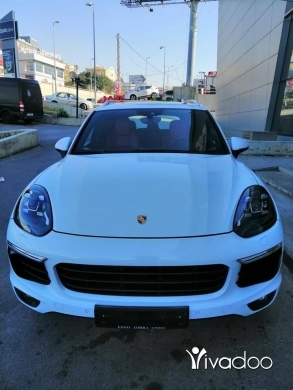 Porsche in Sin el-Fil - Porsche Cayenne