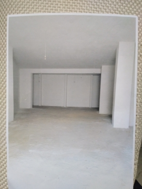 Shop in Mansourieh - مستودع للبيع 146 م2