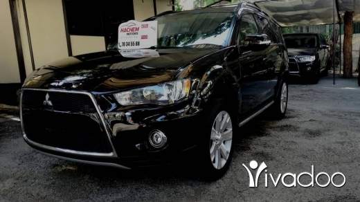 Mitsubishi in Beirut City - Outlander xls 4x4 2.4L black /black 2012