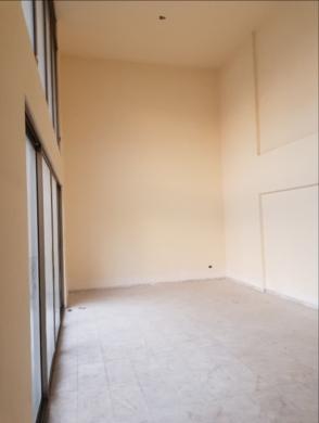 Apartments in Sanayeh - دوبلكس للبيع في الصنائع شارع سبيرز 300 م2