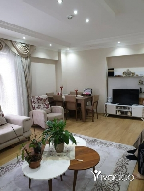 Apartments in Beirut City - شقة مميزة للبيع مع الاثاث