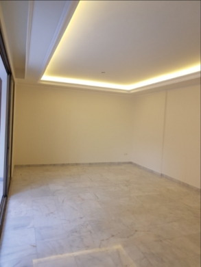 Villas in Sanayeh - شقة جديدة 187 م٢ للبيع في الصنائع سبيرز