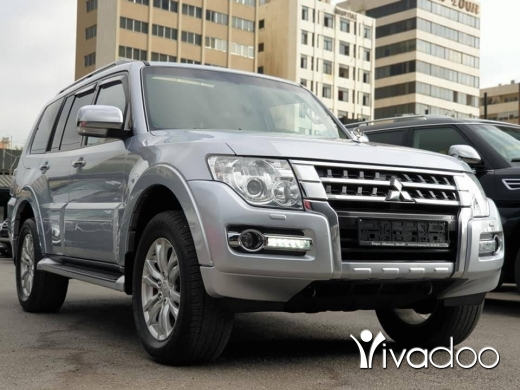 Mitsubishi in Beirut City - 2015 Pajero 3.8L / Fully loaded / Perfect condition / Low mileage