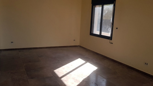 Apartments in Blat - Ready To Move In Apartment For Sale In Blat Mastita High End Finishing - L03973