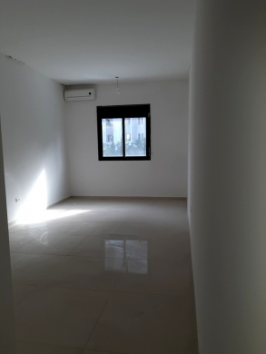 Office in Zalka - Office for rent at Zalka