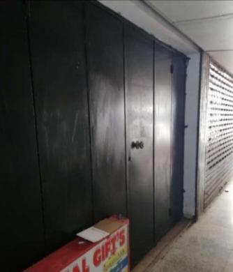 Locaux à bureaux dans Rawche - مكتب مفروش للايجار