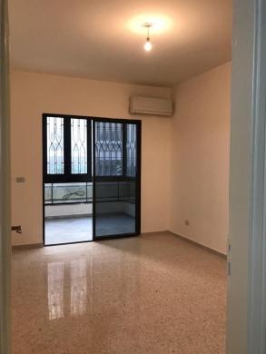 Apartments in Beirut City - شقه مجدده بالكامل للإيجار في بيروت قرب  جامعة LIU ومدرسة المعمدانية