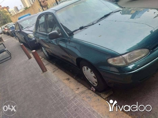 Hyundai in Port of Beirut - Hyundai accent 1996