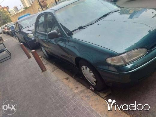 Hyundai in Port of Beirut - Hyundai accent 1996