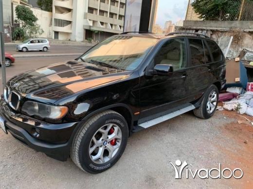 BMW in Beirut City - Bmw x5 3.0 black beige 2003