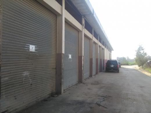 Office Space in Al Madina as Sinaiya - للبيع محلات في زحلة المدينة الصناعية