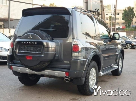 Mitsubishi in Beirut City - 2015 Pajero Coupe 3.5L 4WD