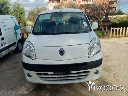 Renault in Nabatyeh - Car for sale