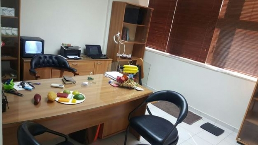 Office in Jal el-Dib - Polyclinic for rent