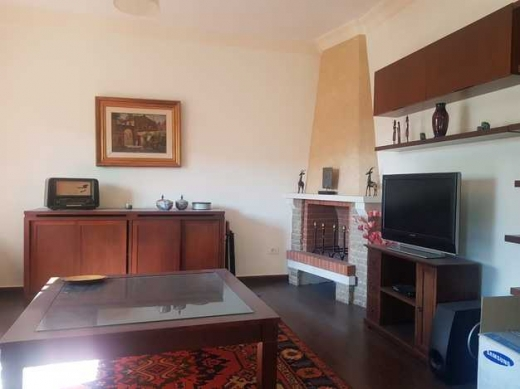 Apartments in Baabda - Very Catchy Apartment in Baabdat with Big Terrace