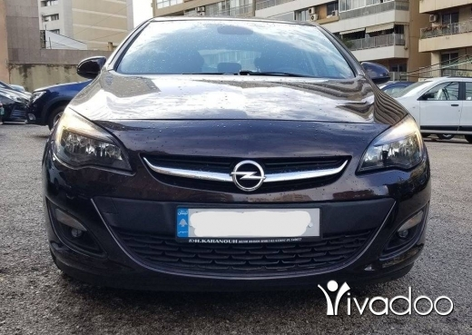 Opel in Beirut City - Opel Astra 2014 KM:15000 only Full option like NEW