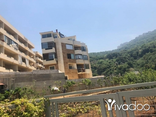 Apartments in Loueizeh - L05870 - Pay in LBP at 1,500 Apartment for Sale in Kahale