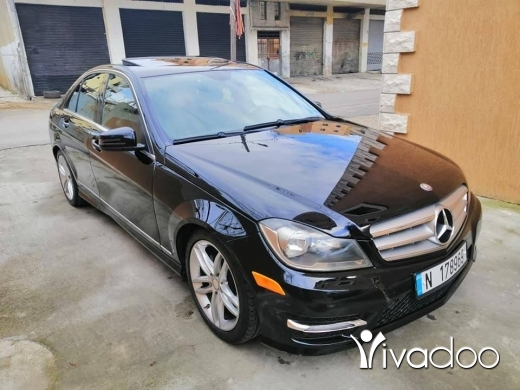 Mercedes-Benz in Chtaura - mercedes C300 2012 look AMG super clean