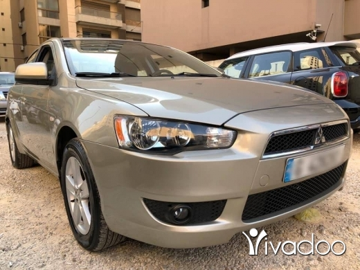 Mitsubishi in Tripoli - Car for sale
