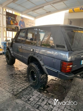 Rover in Beirut City - Range ronver 1991
