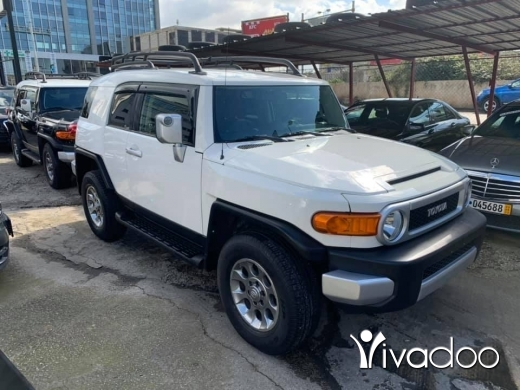 Toyota in Beirut City - 2012 Toyota FJ Cruiser FRESHLY IMPORTED