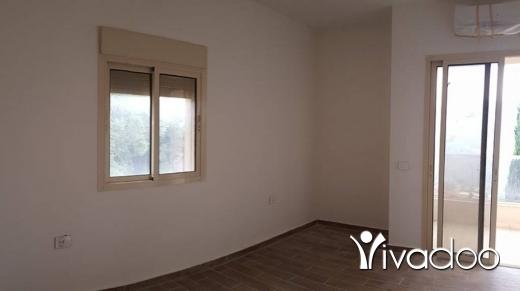 شقق في بشلي - Apartment for Sale in Bchelli Benefits from a Garden -L03727.
