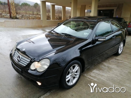 Mercedes-Benz in Zgharta - C 230 compact mod 2002 phone 76 50 54 52