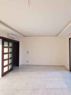 Apartments in Sanayeh - شقة جديدة ٢٠٠ م للبيع في سبيرز الصنائع