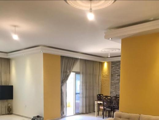 Apartments in Aramoun - شقة مفروشة للبيع في منطقة عرمون 180م