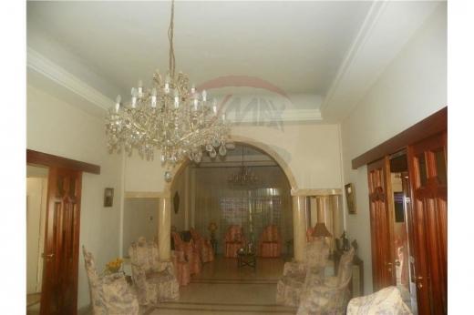 Apartments in Al Haddadine - شقة للبيع ذات طابع تراثي بجانب قلعة طرابلس