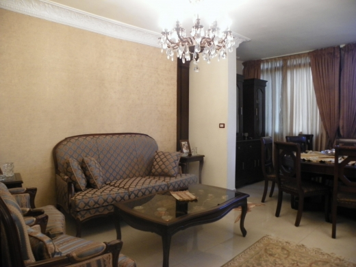 Apartments in Tripoli - Apartment for sale in Mina Road, Tripoli.
