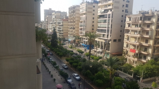 شقق في المينا - Apartment for sale in Mina Road, Tripoli.