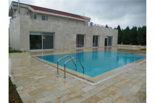 Villas in Batroun - New villa for sale in wajh Al Hajar, Batroun