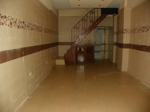 Office in Tripoli - Shop for rent in Jamil adra street, Tripoli