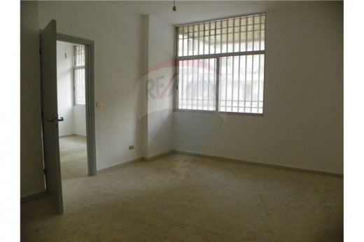 Office in Tripoli - Office for Rent – Qadisha street, Tripoli