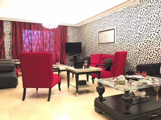 Apartments in Beirut - Prime location apartment for sale in Jnah, Beirut