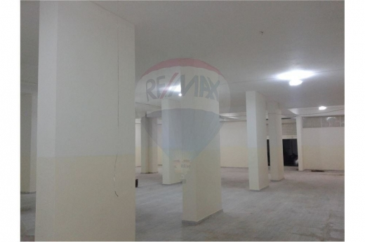 Whole building in Tripoli - Warehouse for sale at Boulevard Street, Tripoli