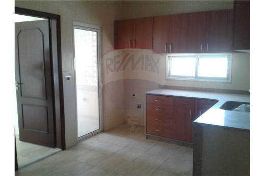 Apartments in Tripoli - Apartment for sale or rent in Tripoli Al Boulevard