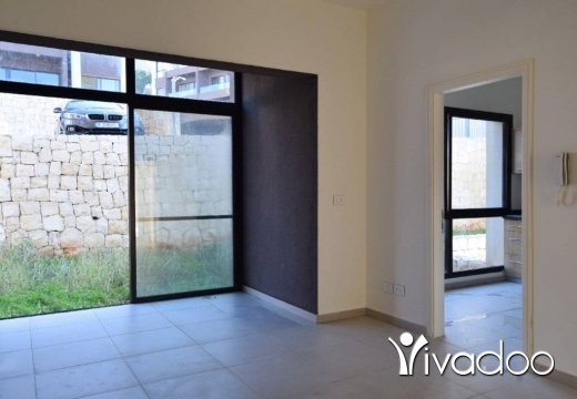 Apartments in Bouar - L06446 - Cosy Apartment for Sale with Garden in Bouar