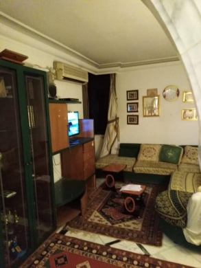 Apartments in Hamra - للإيجار شقة مفروشة في الحمرا