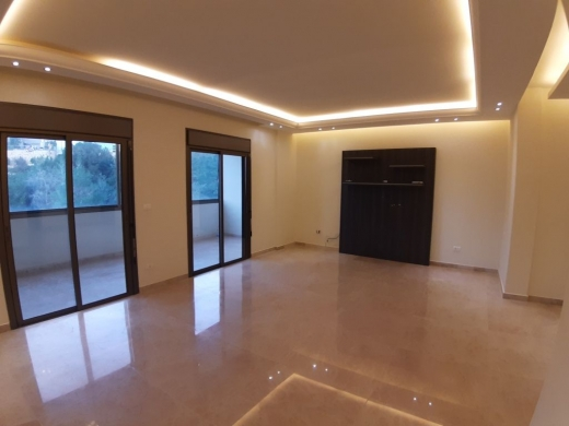 Apartments in Roumieh - Apartment with Terrace in Roumieh 110m