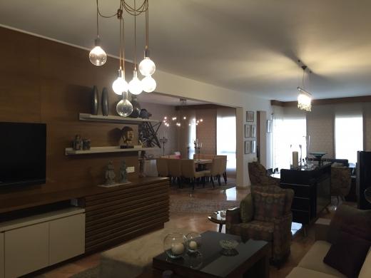 Apartments in Achrafieh - FOR SALE APARTMENT 250 m