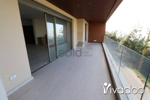 Apartments in Rabweh - A luxurious 240 m2 apartment in Cornet Chehwan / Rabweh with an open mountain for sale